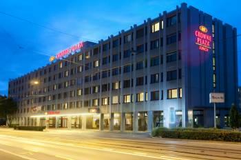 crowne-plaza-hotel-zürich-hotel-des-monats-tagungshotel24